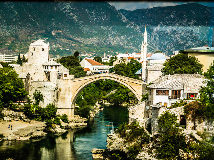 The Old Bridge in Mostar | SuitcaseandHeels.com