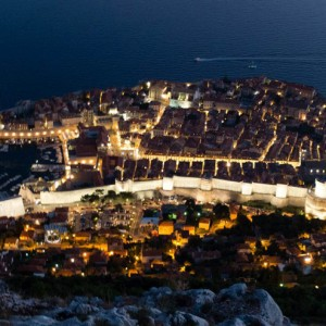 Dubrovnik at Night | SuitcaseandHeels.com