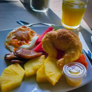 Breakast in Costa Rica | SuitcaseandHeels.com