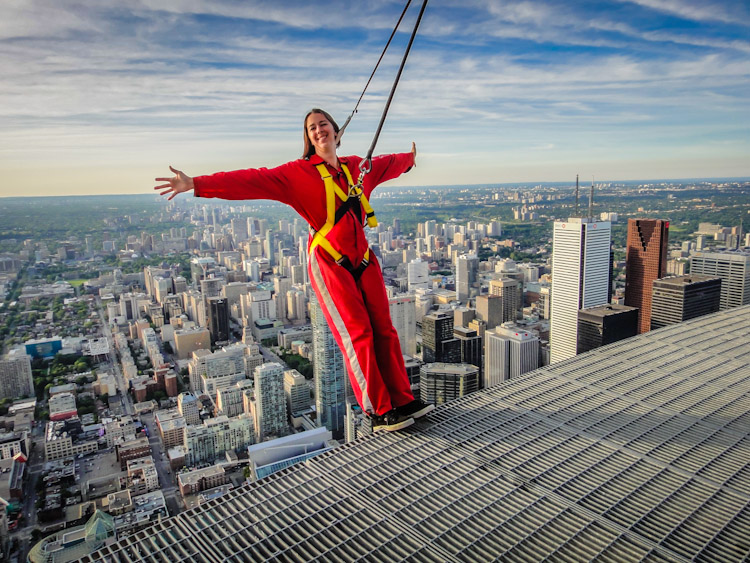 CN Tower EdgeWalk | SuitcaseandHeels.com