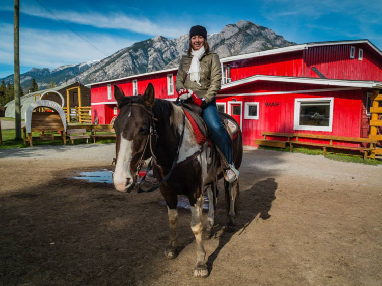Banff Horseback Riding | SuitcaseandHeels.com