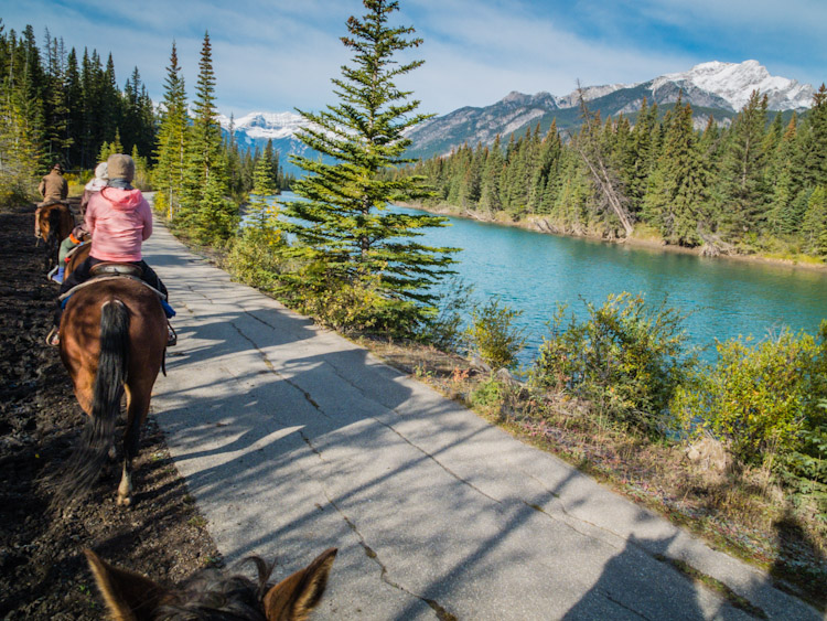 Horseback Ride in Banff | SuitcaseandHeels.com