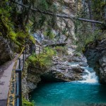 Johnston Canyon, Alberta | SuitcaseandHeels.com