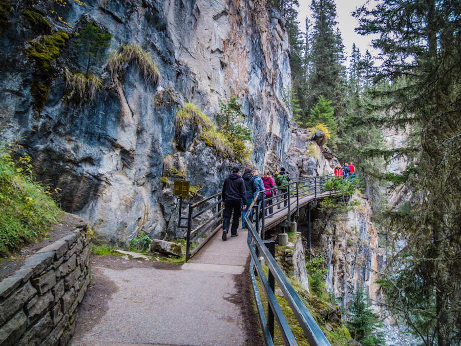 Johnston Canyon Alberta | SuitcaseandHeels.com