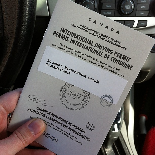 How to Get an International Drivers License in Canada [Guide]