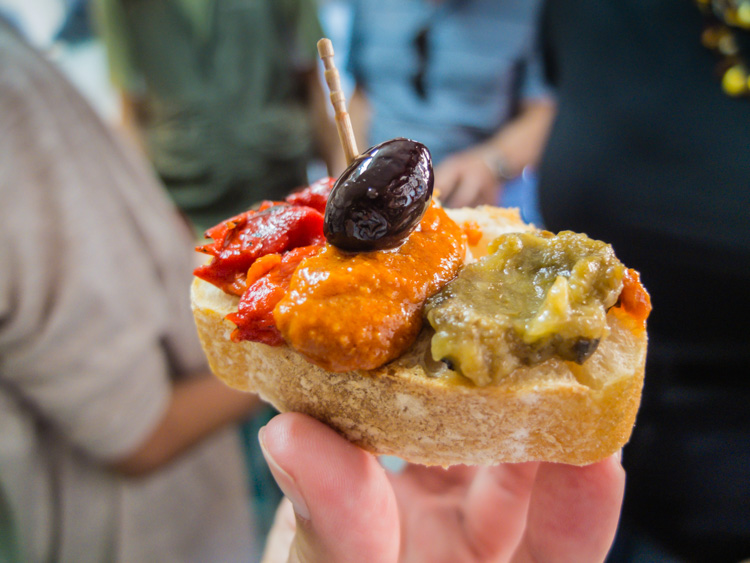 Barcelona Food Tour | SuitcaseandHeels.com