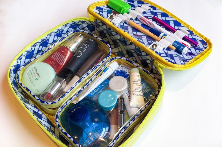 Travel Makeup | SuitcaseandHeels.com