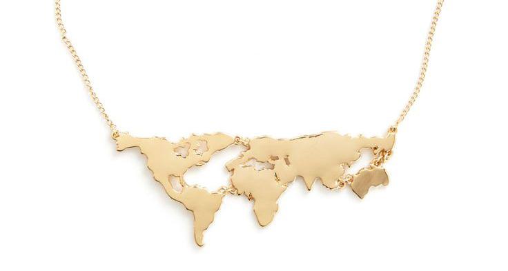 Map Necklace | SuitcaseandHeels.com