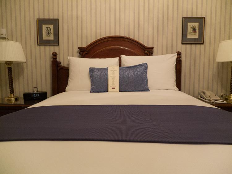Hotel Elysee, New York | SuitcaseandHeels.com