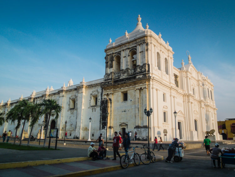 Leon, Nicaragua | Szuitcaseandheels.com