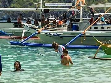 Island Hopping in El Nido
