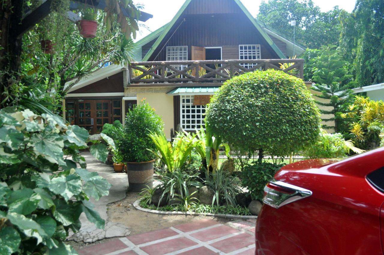 Peak House Garden Inn