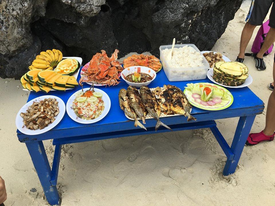 Talisay Beach lunch