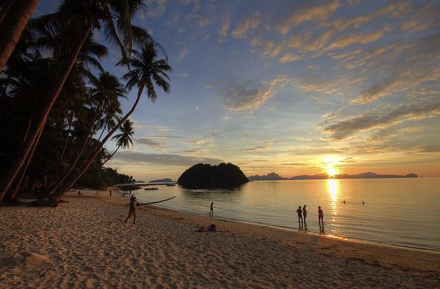 Las Cabanas Beach sunset